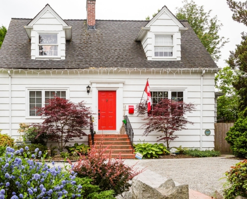 RedAwning Integrates with Canada Stays